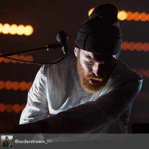 resolution_X_chet_faker_close_up