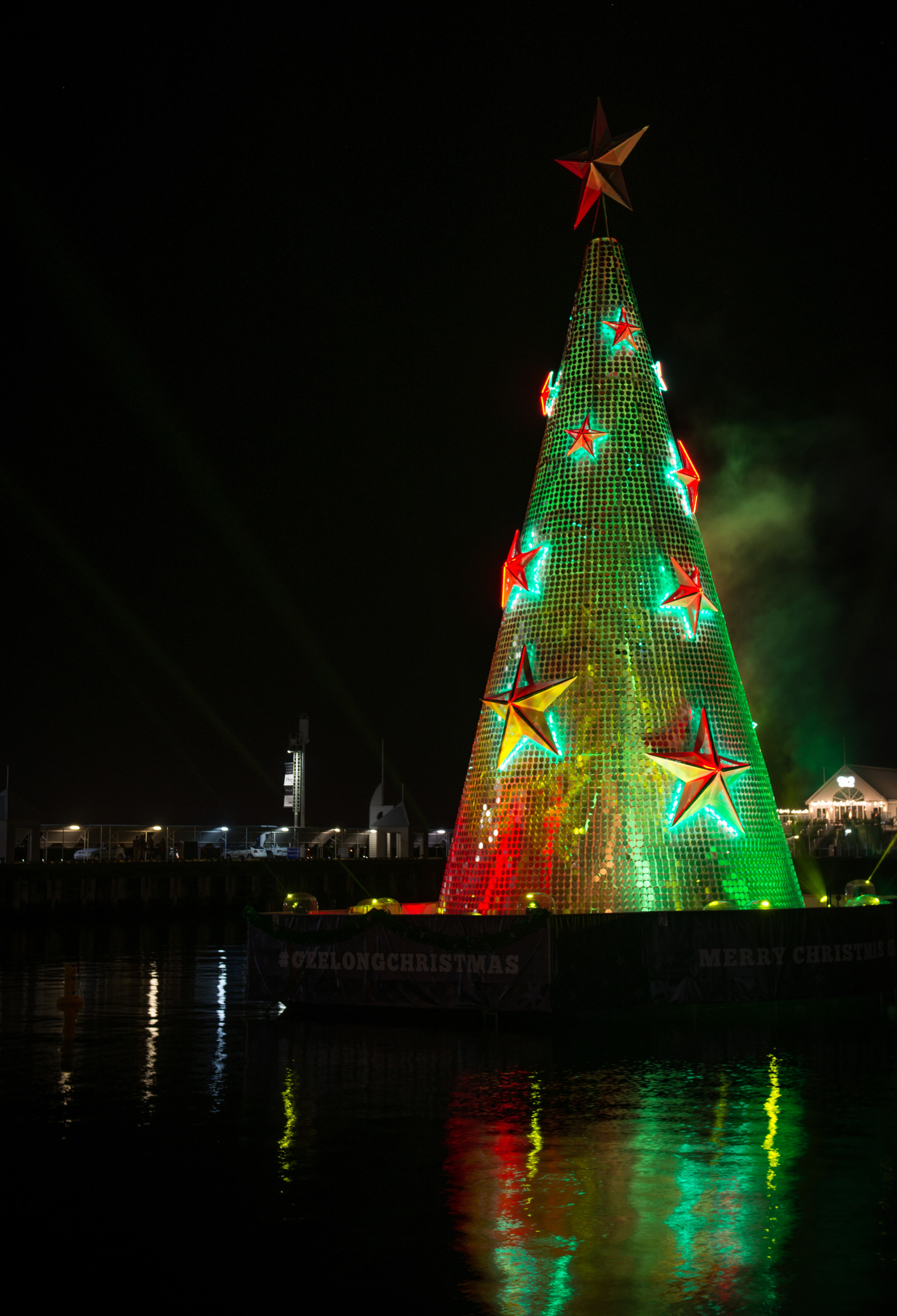 Geelong Lights up for Christmas - Resolution X