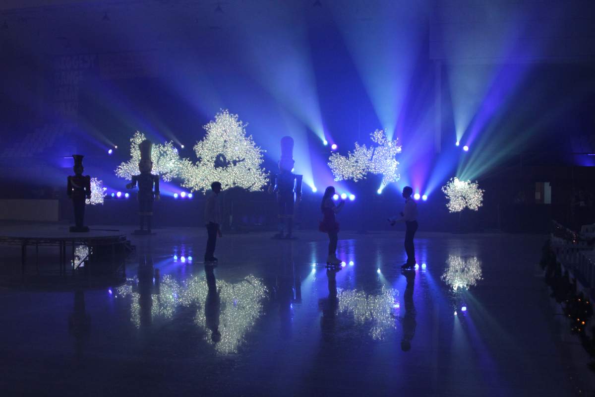 spectacular lighting. On The 21st Of November Macquarie Centre In Ryde Got Their Christmas Season Off To A Spectacular Start With Help From Resolution X. Lighting